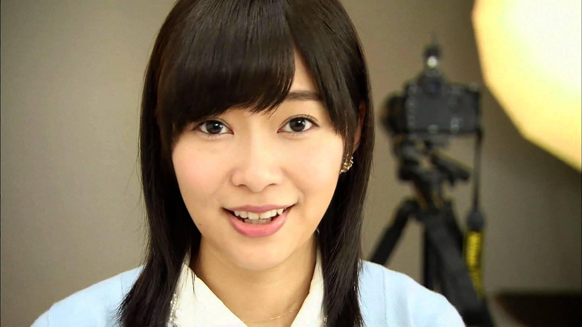 指原莉乃 今や、AKB48の頂点に立つ指原莉乃。 卒業メンバー・現役メンバー全員の中で、一番成功を納めていると言っても過言ではない活躍ね。